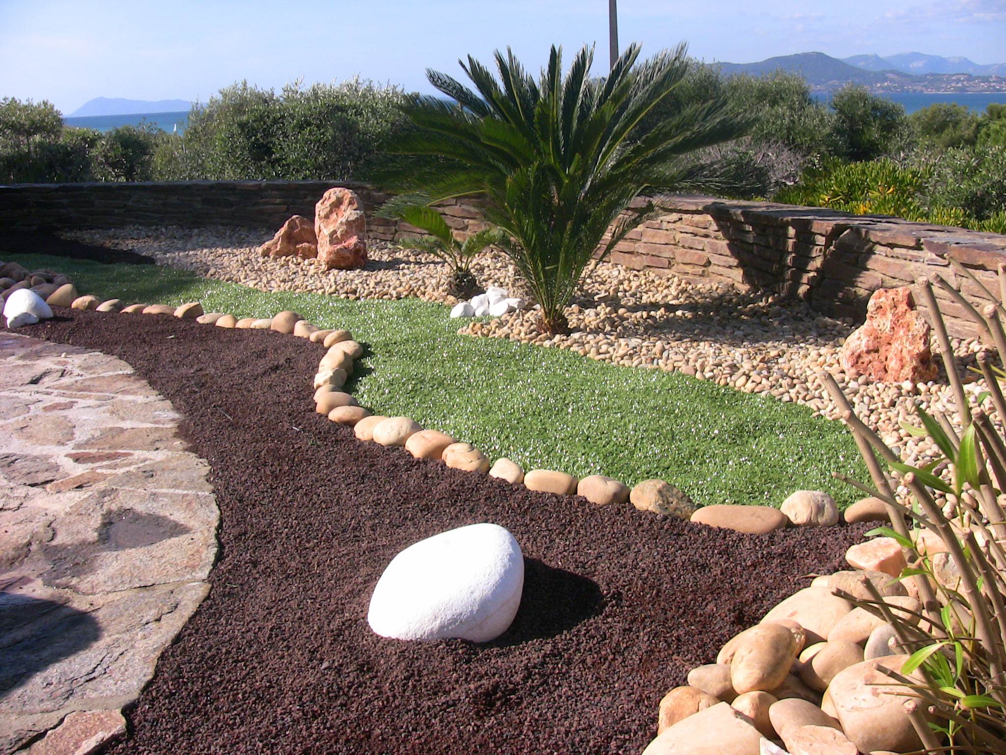 creation paysagiste jardinier hyeres var 83